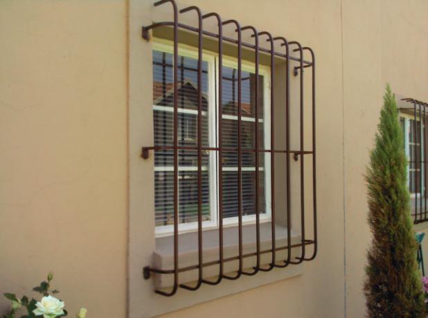 Firefighters Warn Of Danger From Burglar Bars Caribbean News