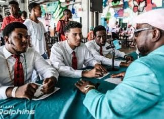 Miami Dolphins announces create Project Change Scholarship for high school seniors