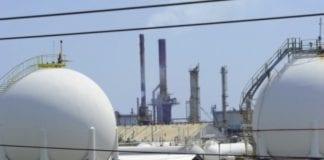 Jamaica oil refinery