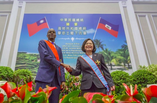 Moise visits Taiwan