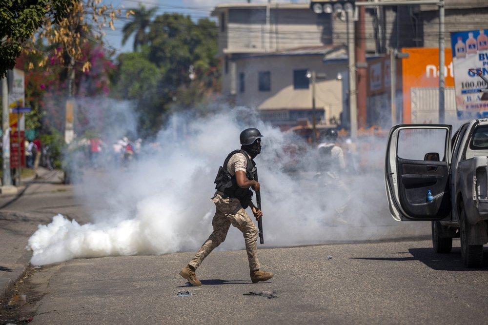 haiti protesting